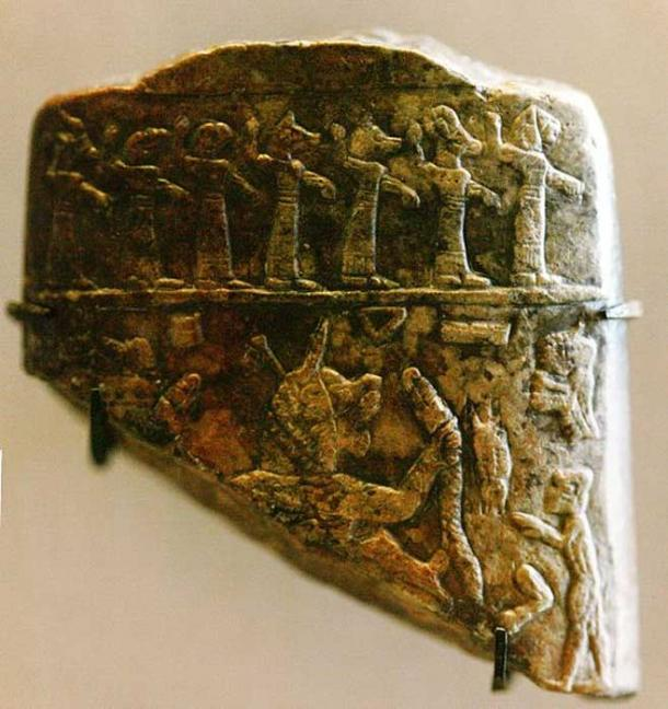 Fragment of talisman used to exorcise the sick, Assyrian era.
