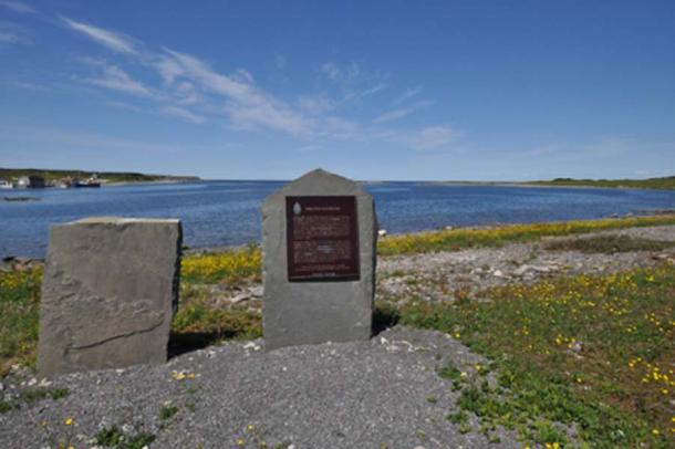 French Shore plaque (CC BY 3.0)