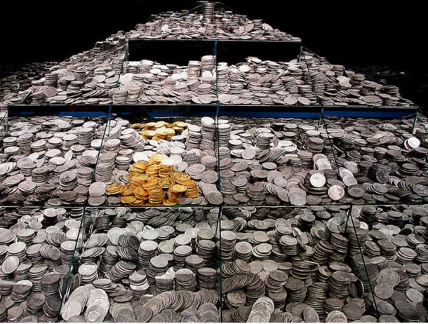 """Some of the coins from the """"Frigate Mercedes"""", National Archaeological Museum Madrid."""
