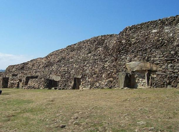 Front of the Barnenez cairn.