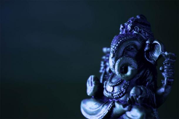 Ganesha idol in bronze (R P Anand kumar / Adobe Stock)