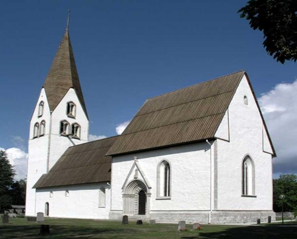 Gärde Church exterior (Public Domain)