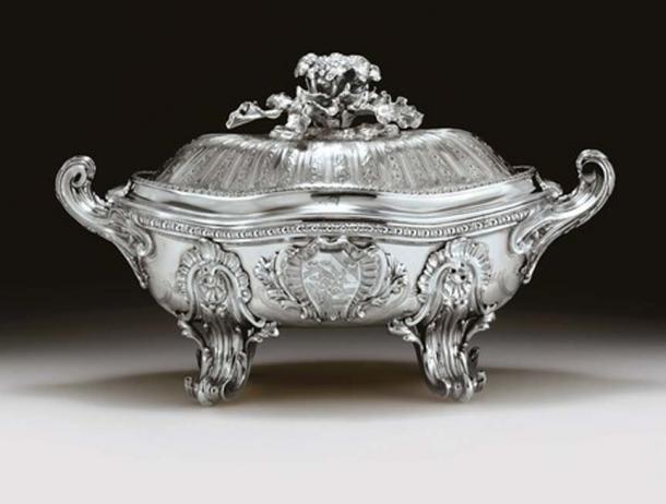 The Germain Royal Soup Tureen