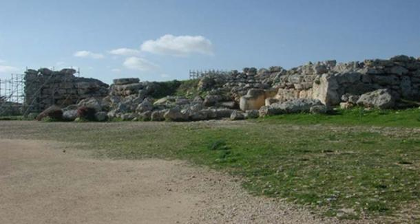 View of the Ġgantija temple complex.