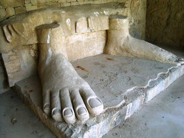 Giant feet statue at Dharmarajika stupa and monastery