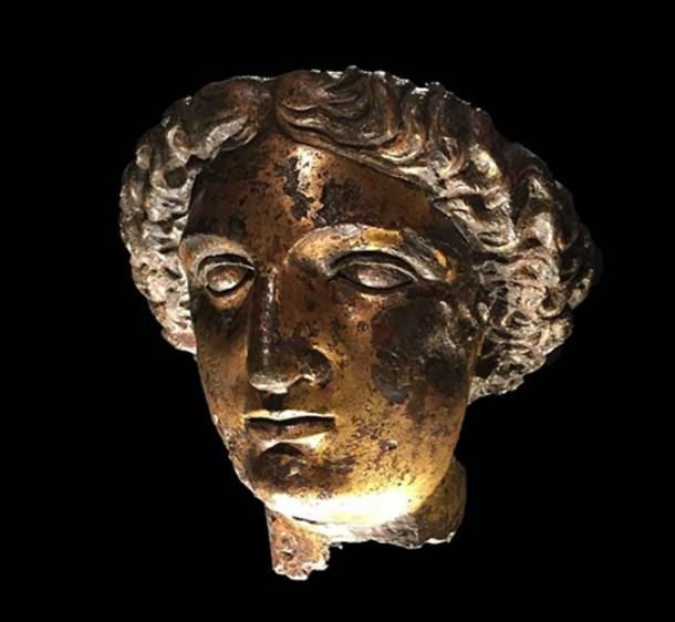 Gilt bronze head from the cult statue of Sulis Minerva from the Temple at Bath. (Hchc2009/CC BY-SA 4.0)