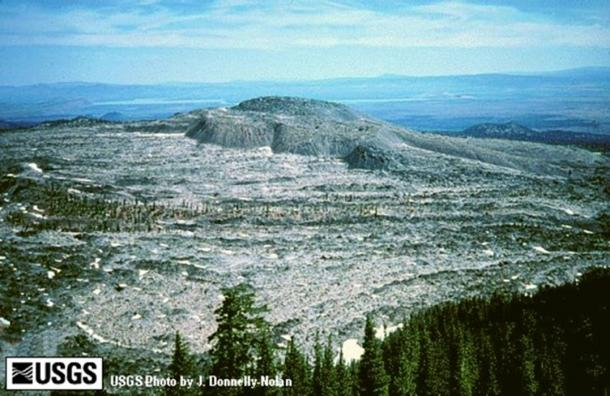 'Glass Mountain' from Medicine Lake caldera rim, northern California.