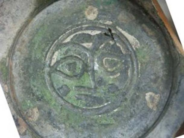Glazed Crusader bowl with human face, found in Acre.