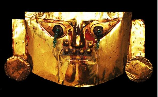 Gold ceremonial mask, Sican culture, Lambayeque, Peru