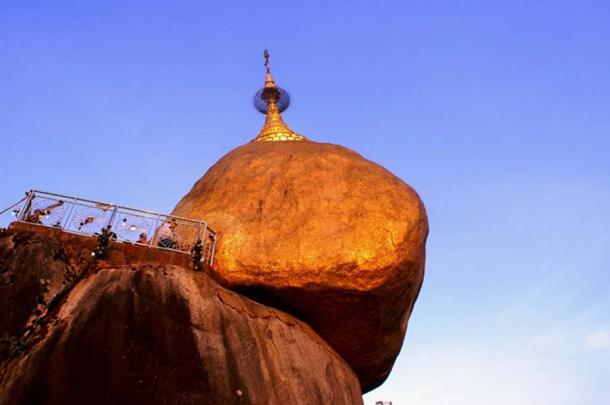 The Golden Rock from below.