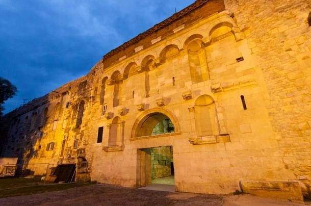 Golden gate – north entrance of Diocletian's Palace
