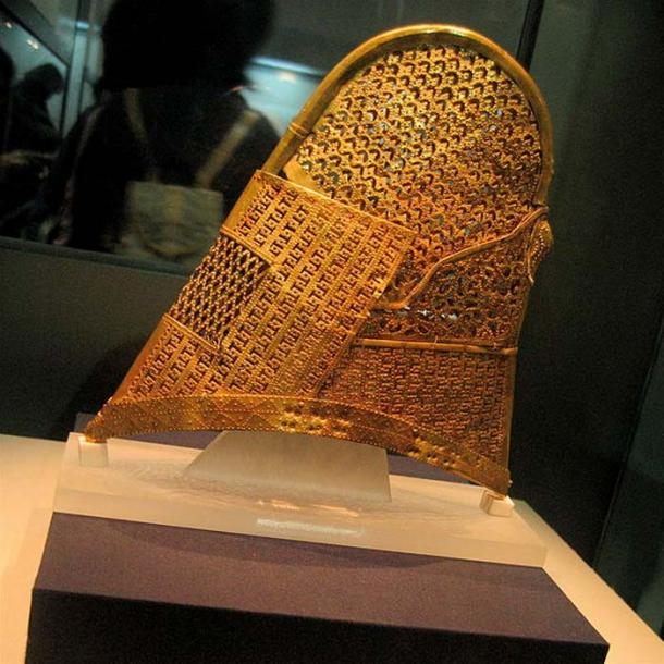 Golden hat or crown from the Korean Silla Kingdom, Cheonmachong in Gyeongju, Korea
