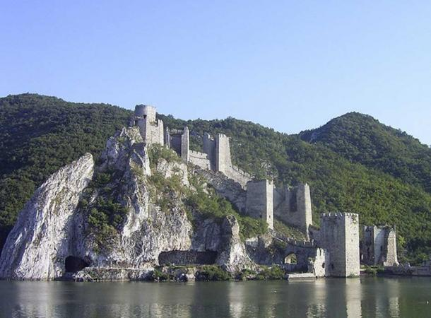 The Golubac fortress.