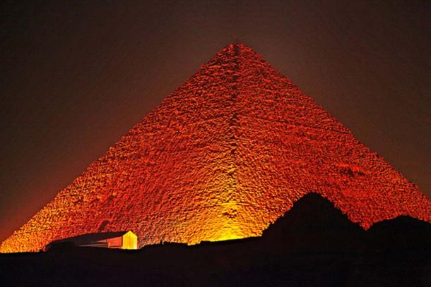 Great Pyramid of Giza at night. (Flickr/CC BY-ND 2.0)