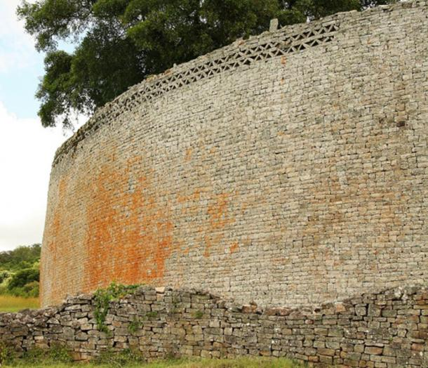 Great Zimbabwe Wall. (Erik Törner /CC BY NC SA 2.0)