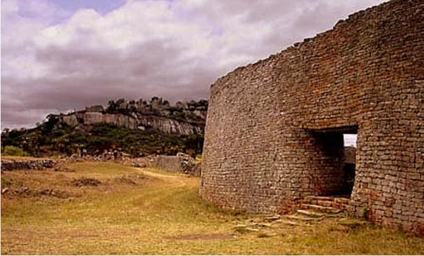 Great Zimbabwe ruins, Masvingo, Zimbabwe (Macvivo/Wikimedia Commons)