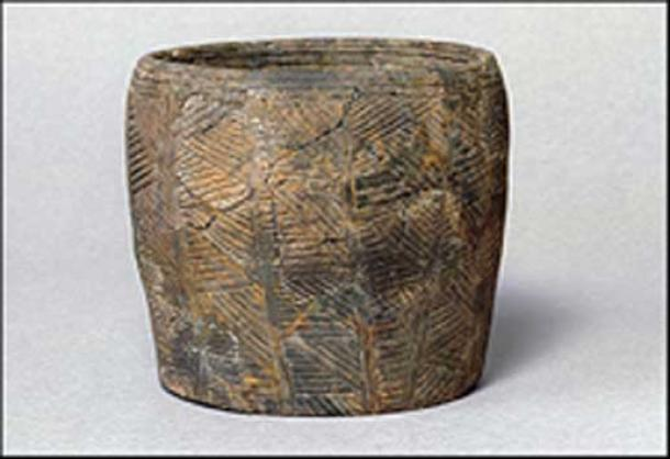 Grooved ware pot from Durrington Walls ( Antiquity)
