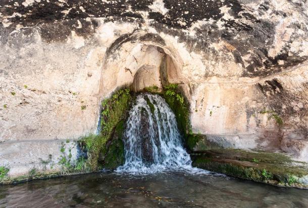 Grotta del Ninfeo artificial cave of Temenite Hill (vvoe / Adobe Stock)
