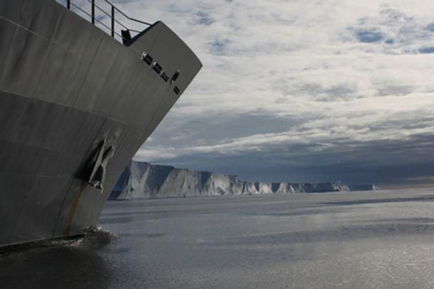 HMNZS WELLINGTON off the Antarctic Coastline.