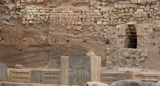King Taita is shown on the right relief. Haddad temple, Aleppo, Syria
