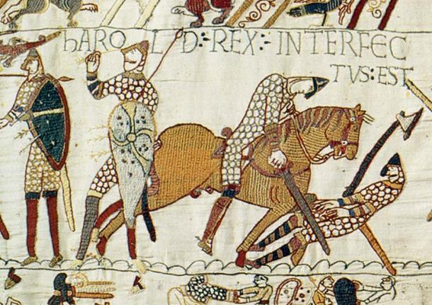 Harold Godwinson falls at Hastings. Harold was struck in the eye with an arrow (left), slain by a mounted Norman knight (right) or both. (Public Domain)