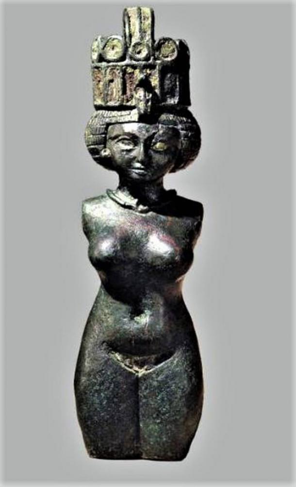 Hathor, bronze statuette, 8th century BC