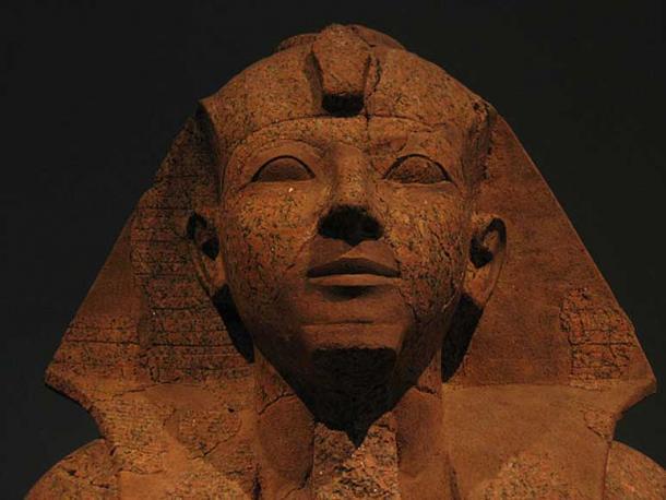 Hatshepsut offering new jars, red granite sculpture at the Metropolitan Museum of Art