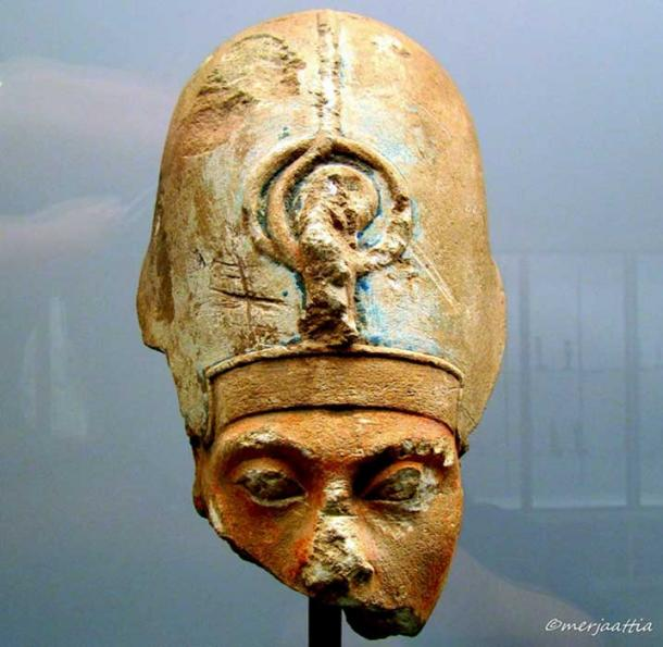 Head of a broken statuette depicts Akhenaten wearing the khepresh or Blue Crown (also called the War Crown). This king seems to have attempted to flee the influence of the Amun priests when he shifted the capital to Akhetaten, a new city he had built. Ny Carlsberg Glyptotek, Copenhagen.