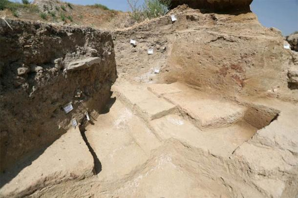 Hegmataneh hill site where the new Iranian Median Empire discoveries were made (IRNA)