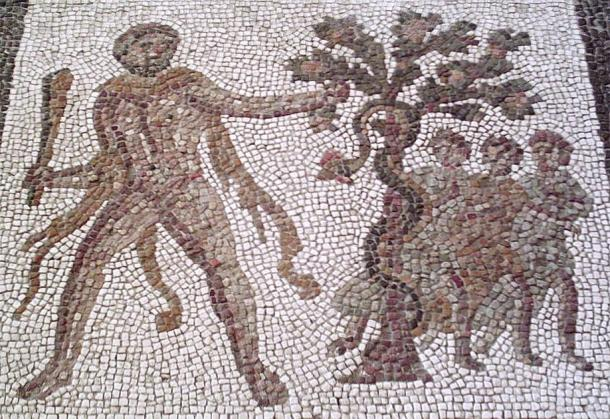 Hercules stealing the golden apples from the garden of the Hesperides. (Zaqarbal / CC BY-SA 3.0)