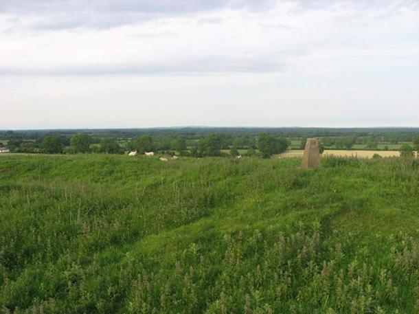 Hill of Ward, Athboy, Co. Meath (Kieran Campbell/CC BY-SA 2.0)