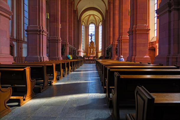 Himmerod Church interior