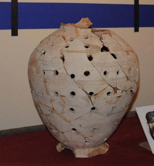The Holey Jar restored. (Katie Urban / Museum of Ontario Archaeology)