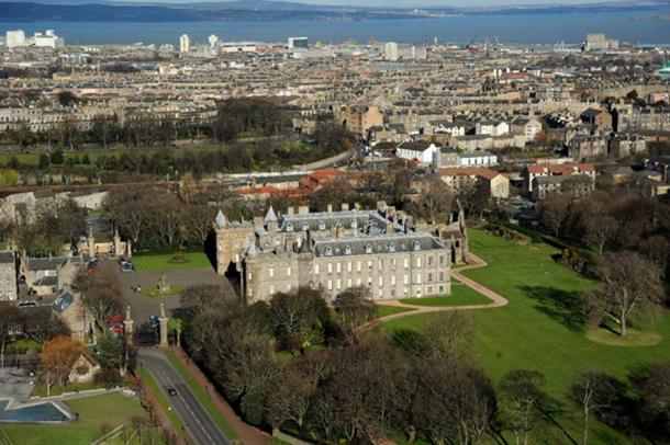 Holyrood palace and abbey Edinburgh