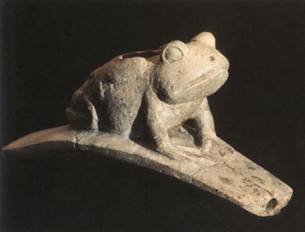 Hopewell Platform Frog Effigy Pipe. (Mike Ruggeri's Adena and Hopewell Art)