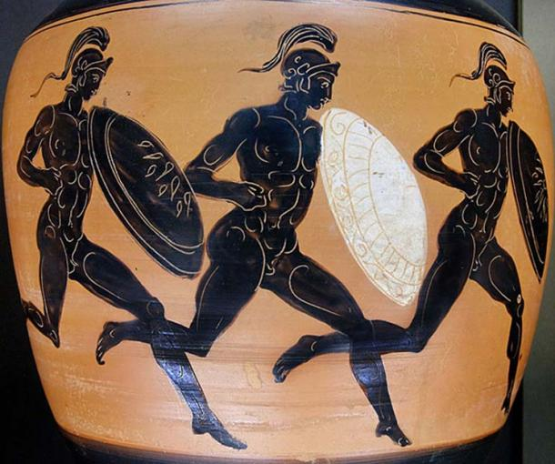Hoplitodromos. Side B from an Attic black-figure Panathenaic amphora, 323–322 BC
