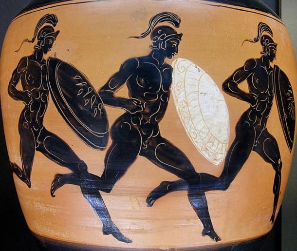 Hoplitodromos. Side B from an Attic black-figure Panathenaic amphora, 323–322 BC. From Benghazi