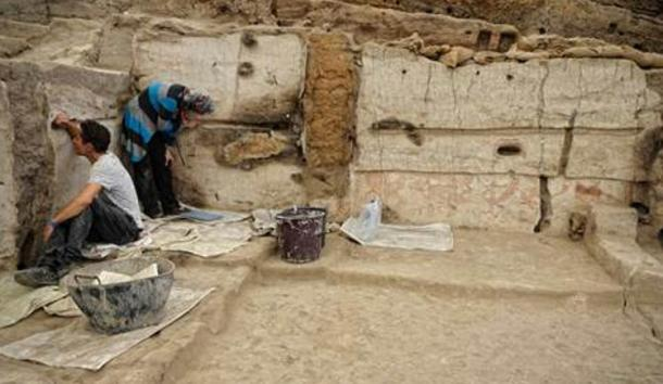 House at Çatalhöyük undergoing excavation