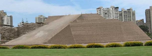Huallamarca archaeological site / pyramid in Lima, Peru. (AgainErick / CC BY-SA 3.0)