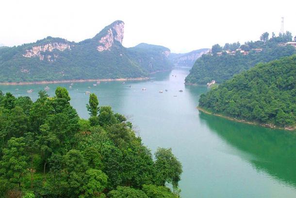 Huaxi — far view of Banbianshan, near Guiyang, Guizhou province. Olemissius Zhang.