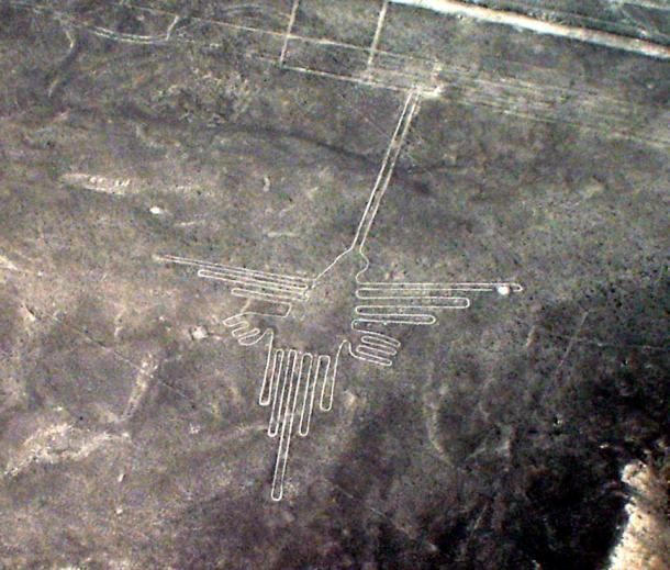 The Hummingbird Geoglyph of the Nasca Lines, Peru. Martin St-Amant - Wikipedia