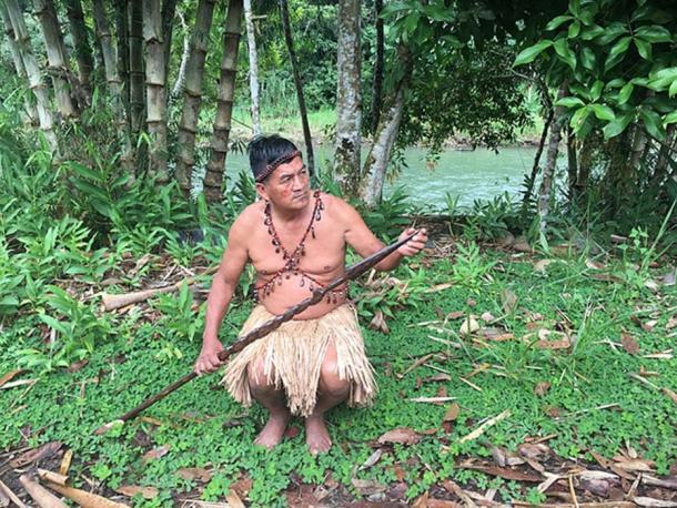 Hunting instrument in Tena Amazon. (Fionashek22 / CC BY-SA 4.0)