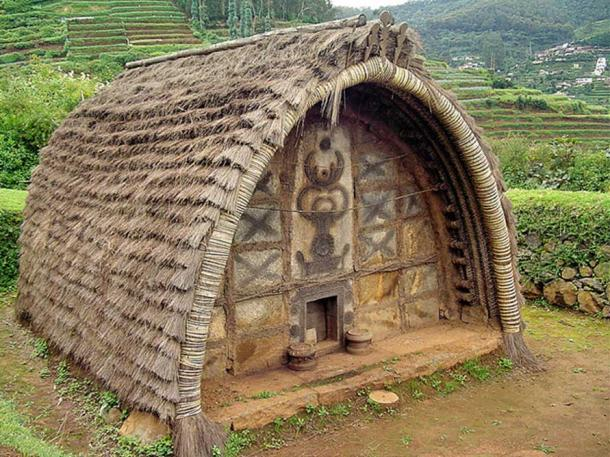 Hut of Toda tribe (Nilgiris, India).