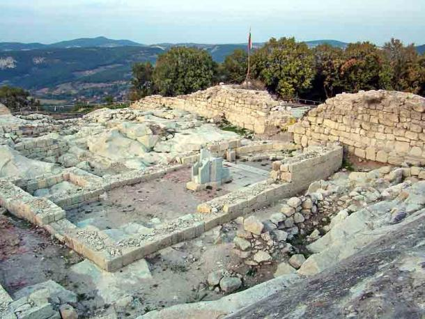 The Perperikon church site can be found at the eastern part of the acropolis. Once the site of a pagan temple, on which a Christian church was later built. (Anton Lefterov / CC BY-SA 4.0)