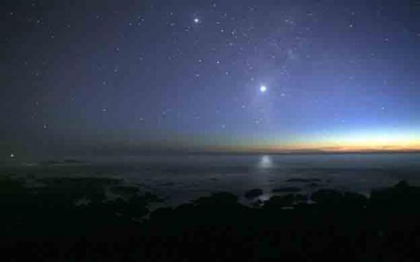 Venus, pictured center-right, is always brighter than all other planets or stars as seen from Earth. Jupiter is visible at the top of the image. (Brocken Inaglory/CC BY-SA 3.0)