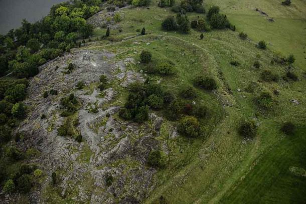Hill fort in Birka. Part of Birka and Hovgården world heritage site. (Arild Vågen/CC BY-SA 4.0)