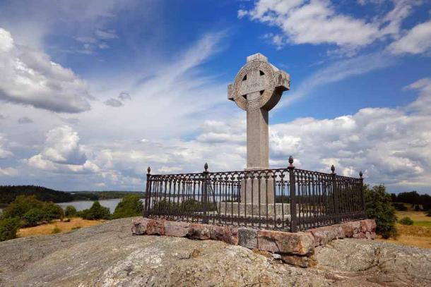 Ansgar's Cross in Birka. (Roland Magnusson/Adobe Stock)
