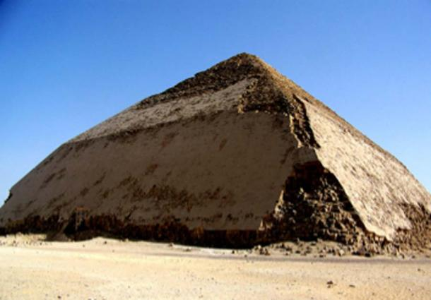 In July 2019, Egypt opened the Bent Pyramid for tourism for the first time since 1965. (Lexie / CC BY-SA 2.0)