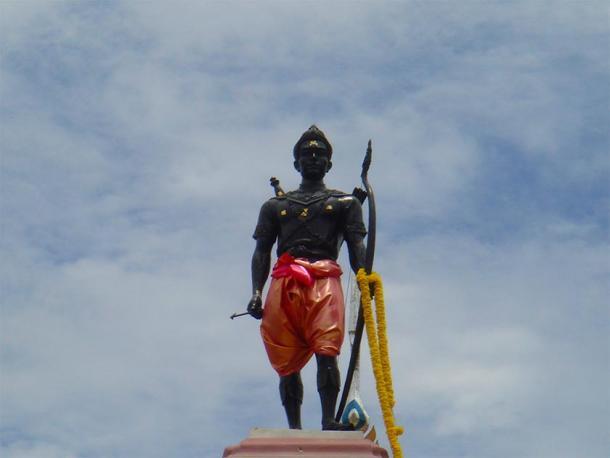 Statue of Sri Indraditya , the founder of the Kingdom of Sukhothai. (Love Krittaya / Public Domain)