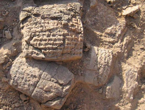 Inscribed tablets found at Haft Tepe.